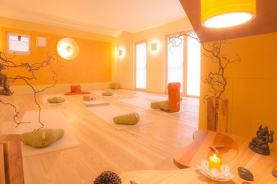 ERDLicht-Hingabe-an-die-Reise-Birkenwerder-Yoga-7931